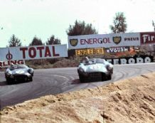 Aston Martin DBR1s Salvadori and Baillie 1960 Le Mans